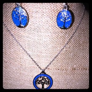 Jewelry - Blue tree of life